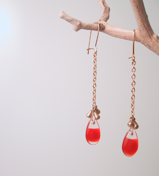 Red swirl teardrops with gold beads